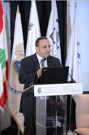 أمين عام إتحاد المصارف العربية وسام فتوح