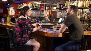 Jon speaks to his friend about Fernanda's arrival.